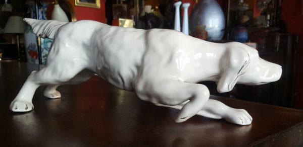 Cane setter in porcellana statuetta