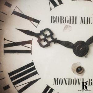 Orologio da stazione ferroviaria, anni '20 epoca orologio dettaglio del restauro lancette metallo Mondovì